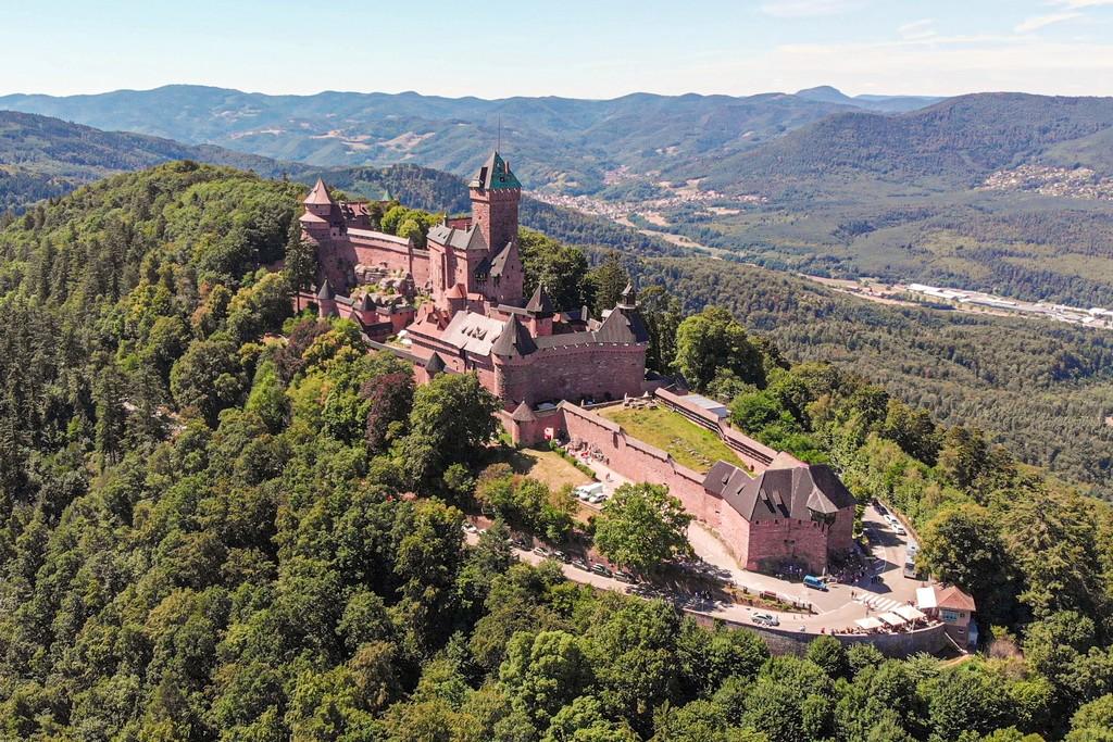 Guida alla Route des Vins nord vista del castello dall'alto